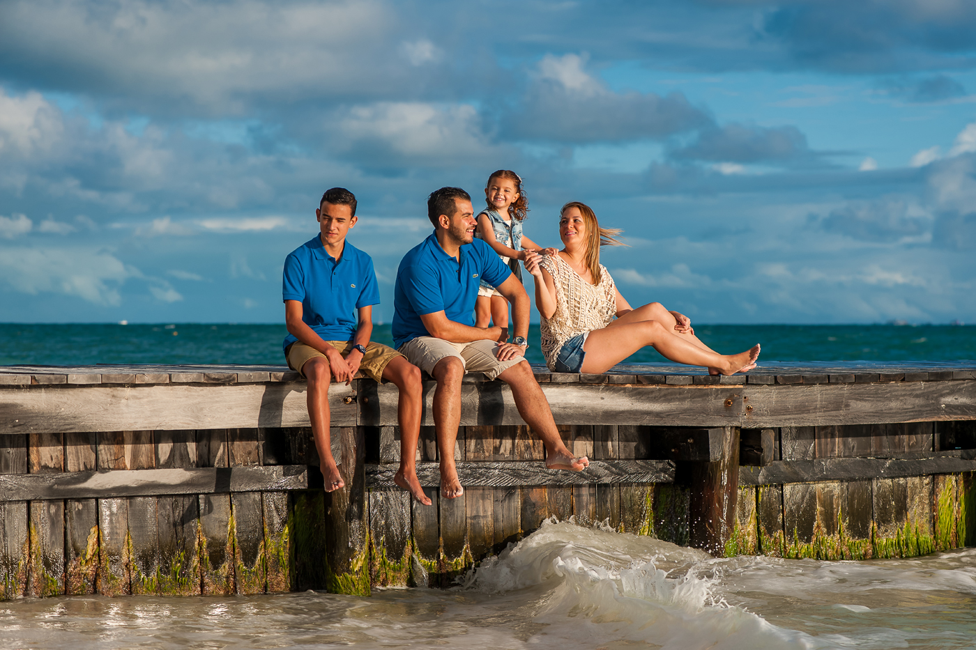 Family photos hotel riu cancun